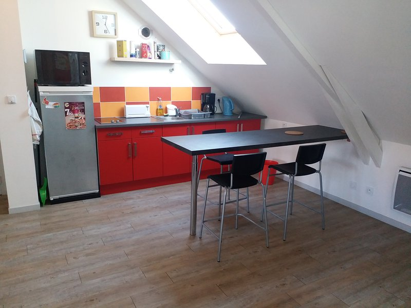 Appartement T2  45 m², Parking Gratuit, holiday rental in Chantepie