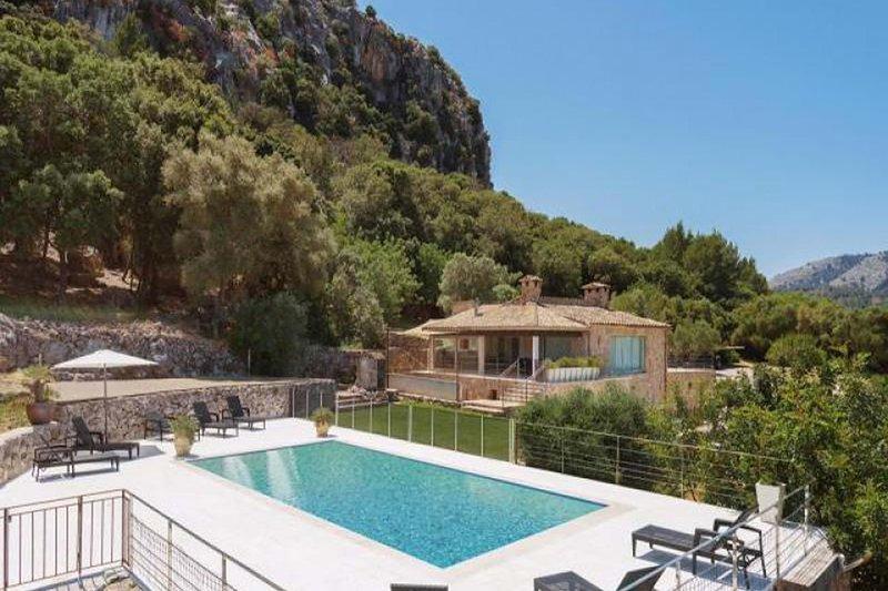 Villa Rusticana, holiday rental in Cas Catala