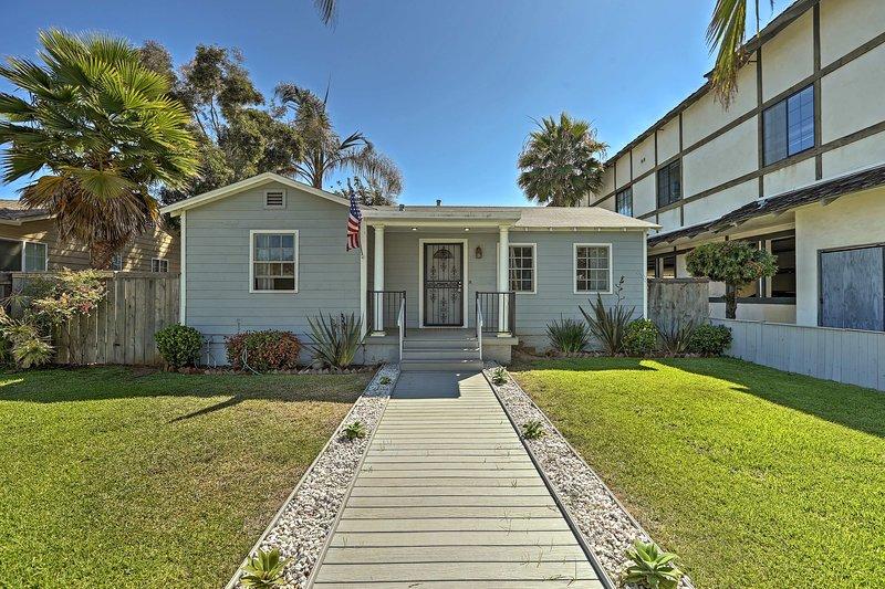 Dit 1300 m² grote huis is geschikt voor 10 personen en ligt op 5 minuten lopen van het strand.
