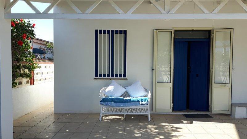 Casa Calypso, 100 meters from the Blue Flag beach, alquiler vacacional en Ispica