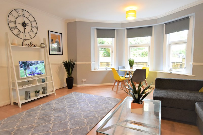 The Pembroke - yourapartment, holiday rental in Cribbs Causeway