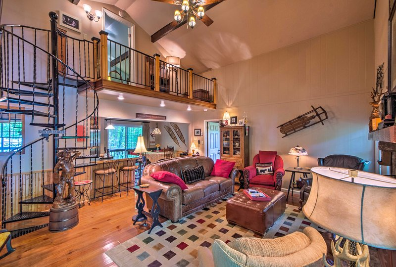 Book your next retreat to Beech Mountain at this private vacation rental home.