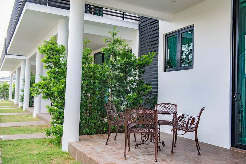 Hermitage Boutique House (Ruby Suite 2), vacation rental in Taiping