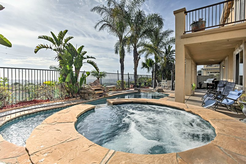 Luxury Ocean-View Getaway w/ Pool, Patio + Hot Tub, casa vacanza a Imperial Beach