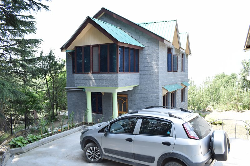 Cottages, holiday rental in Bhuntar