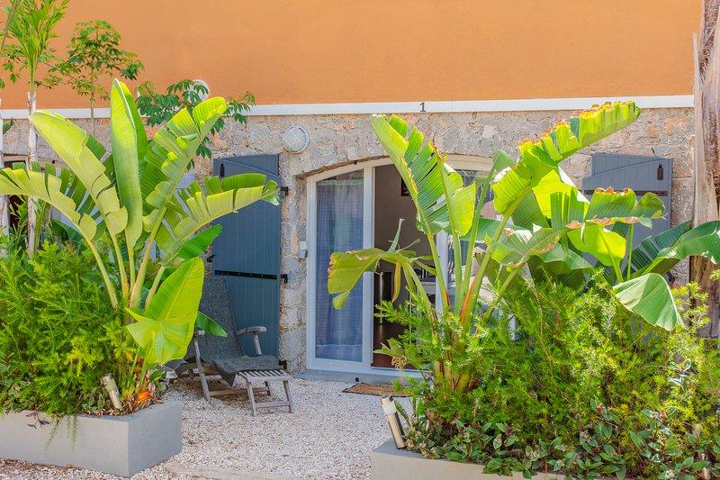Appartement RAIETEA  / Tiloulocation - Giens ., holiday rental in Giens