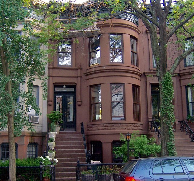 New York City Rental: Brooklyn Brownstone (large) Homestay Has Private Yard And