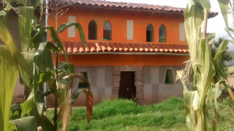 Casa Campo Tiobamba Accomodation,  Wedding and Catering., casa vacanza a Ollantaytambo
