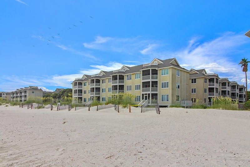 Oceanfront At It's Best, 204 F Port O Call