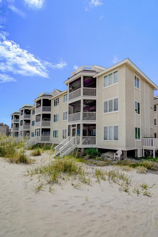 Oceanfront is the Best, 204 F Port O Call