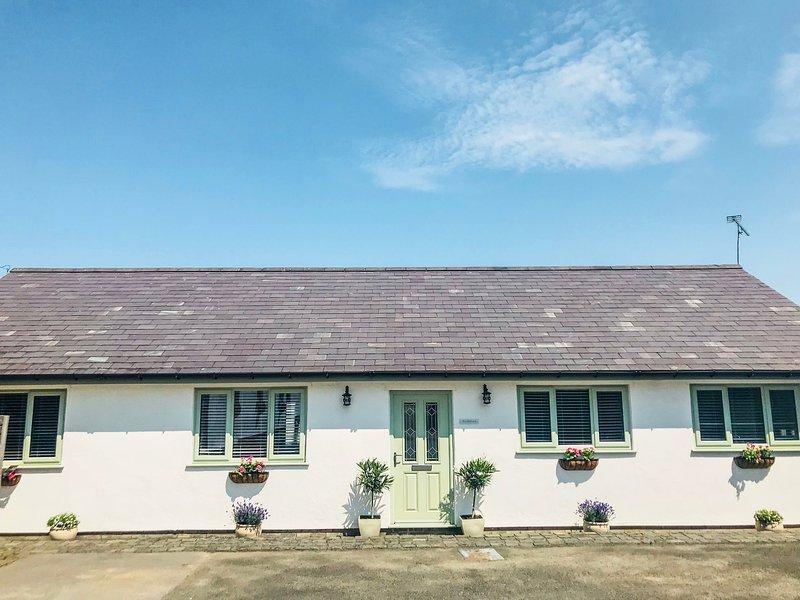 BRYN ERYN FARM, Pet-friendly, Ref. 948025, holiday rental in Bagillt