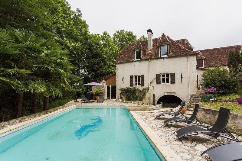 Le Moulin des sens bien-être et sérennité, holiday rental in Castetbon