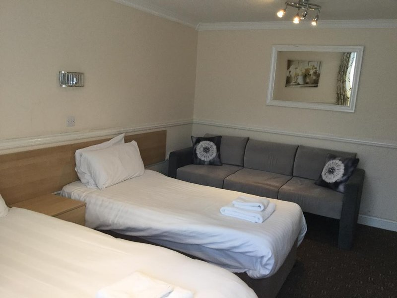 Bramley Suites, vacation rental in Manchester
