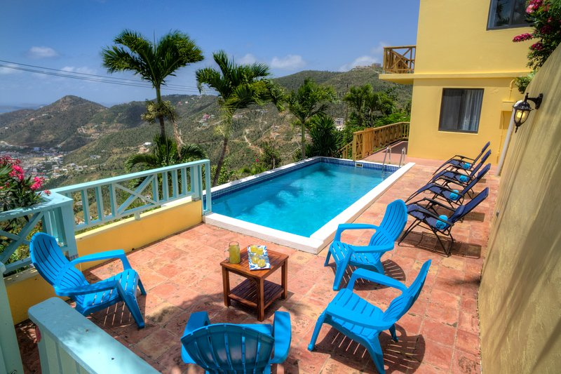 Harbour Heights - Beautiful 4 Bed Home - Sleeps 8 - Stunning Views - Pool, holiday rental in Road Town