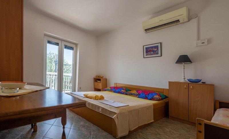 apartments Ćosić - Apartment 5, location de vacances à Duce