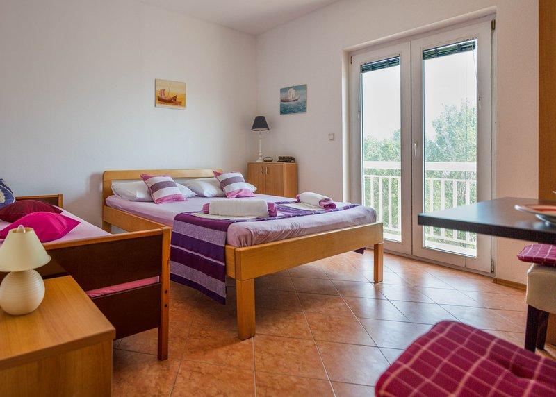 Apartments Ćosić - Apartment 8, location de vacances à Duce