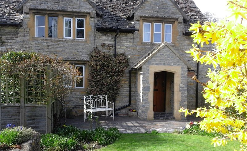 17th Century Cotswolds Cottage in the beautiful village of Bretforton, Ferienwohnung in Badsey