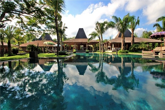 Luxury Bali Ethnic Villa Ka in Seminyak-Canggu, casa vacanza a Kerobokan