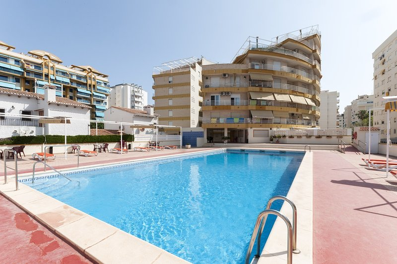 CANAPE - Apartment for 4 people in Playa De Gandia, vacation rental in Tabernes de Valldigna