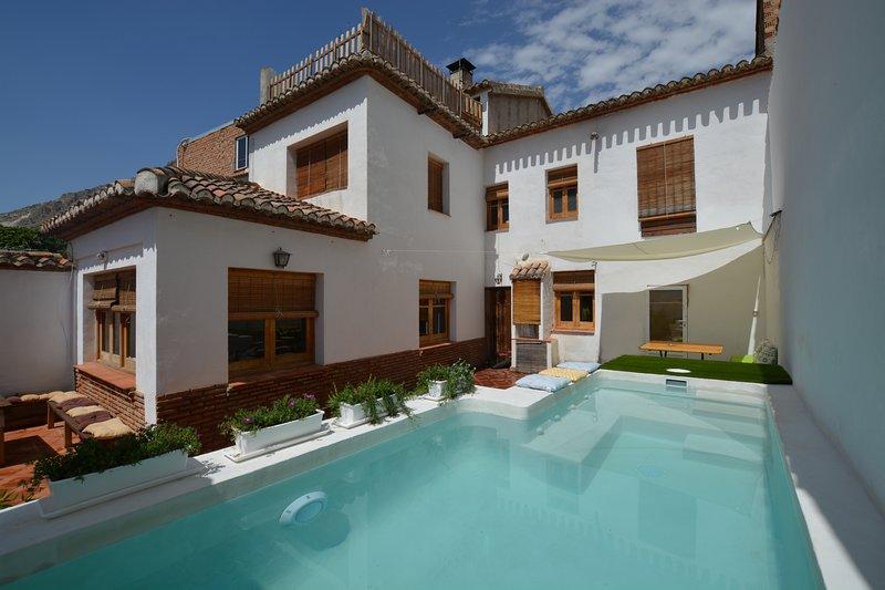 Cerca de Granada, la costa, Alpujarras,Sierra-Wifi, holiday rental in Niguelas