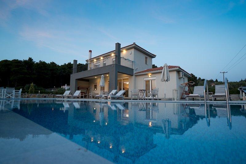 Villa Aelia by Kardous, location de vacances à Sporades