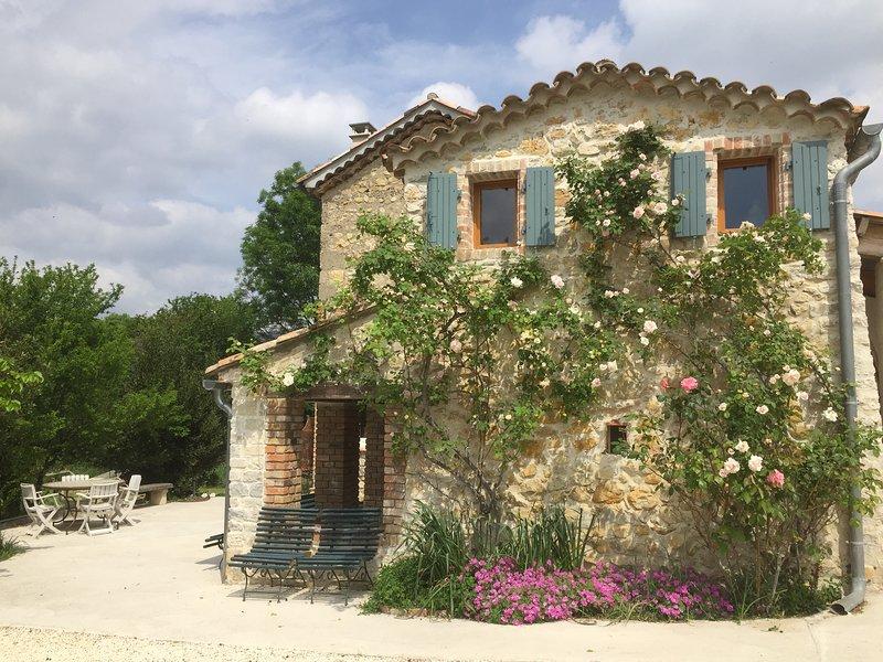 Les muriers : Chambre chez l'habitant à Bagard, location de vacances à Bagard