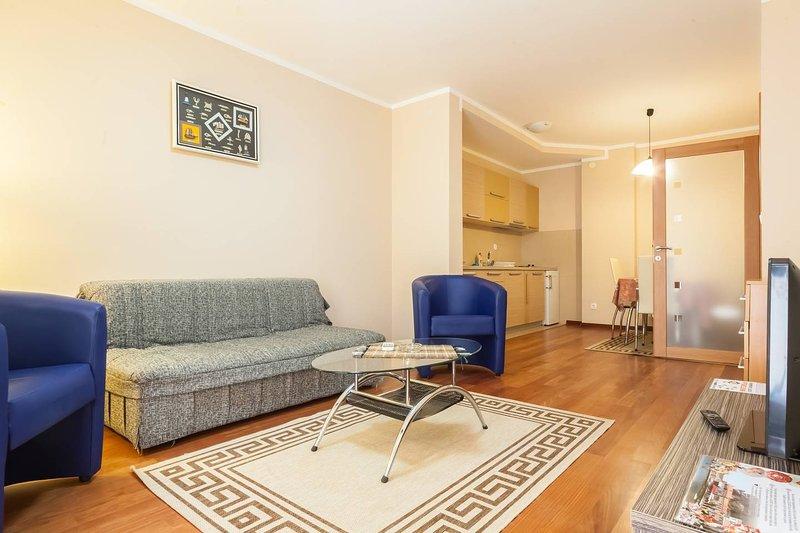 Apartments Oaza 2 - App 1/4 #3, vacation rental in Petrovac