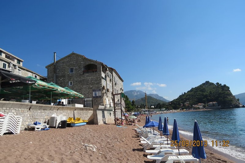 Seashore Apartment, vacation rental in Petrovac