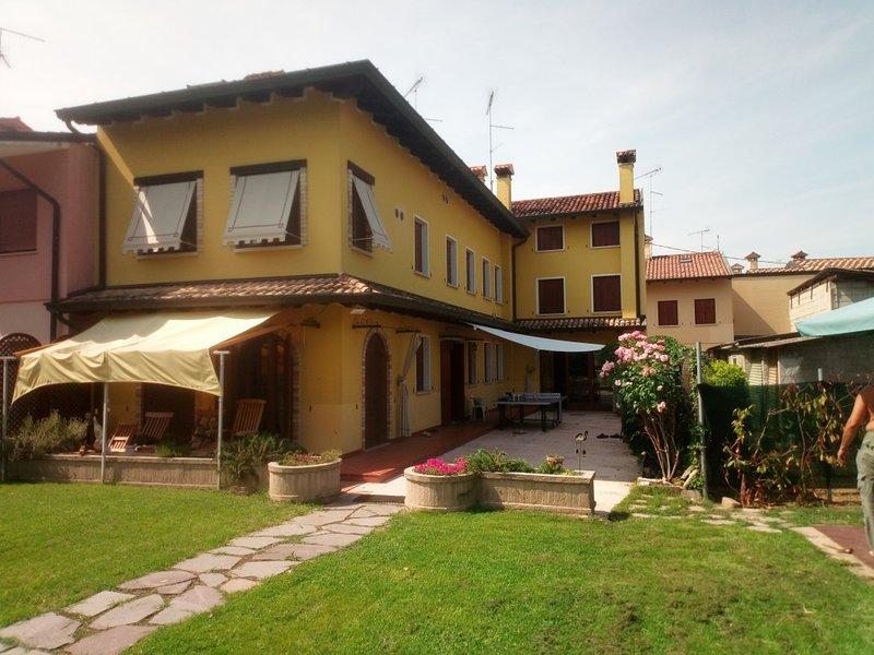 casa MANDI MANDI, vacation rental in Varmo