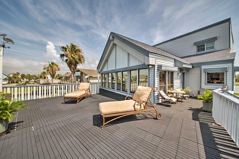 Reclama l'isola Tiki come tua quando soggiorni in questa incredibile casa vacanza!
