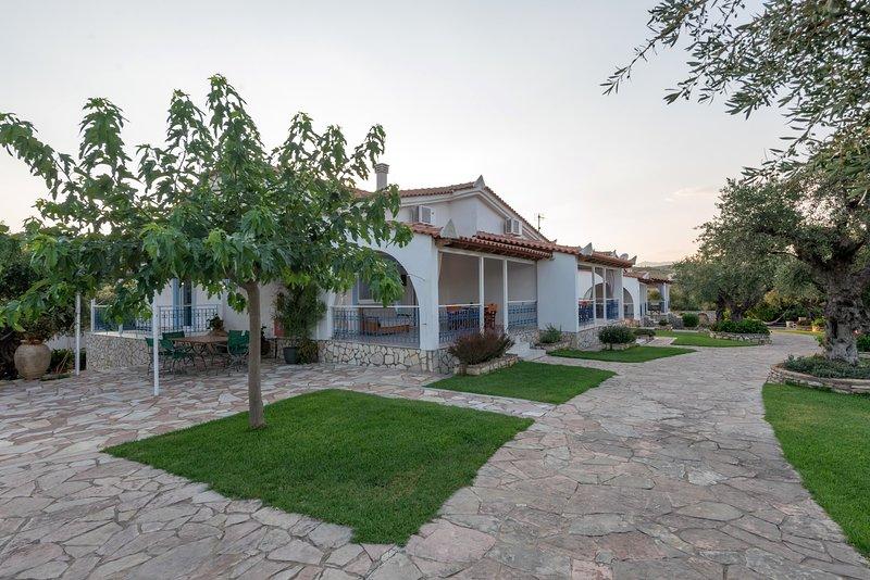 VILLA TASSOS, vacation rental in Koroni