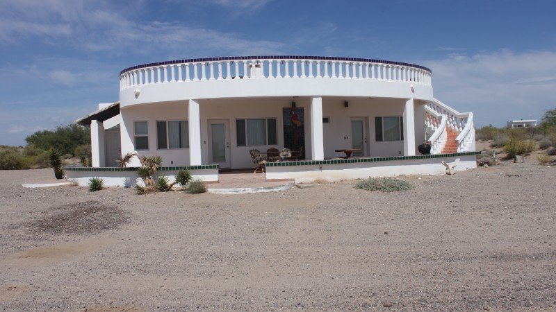Casa Guacamaya (Lot 42) Large Beach Home Santo Tomas, location de vacances à Santo Tomas