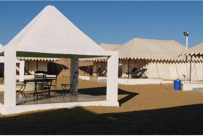 Sultan Resort (Tent 5), Ferienwohnung in Khuri
