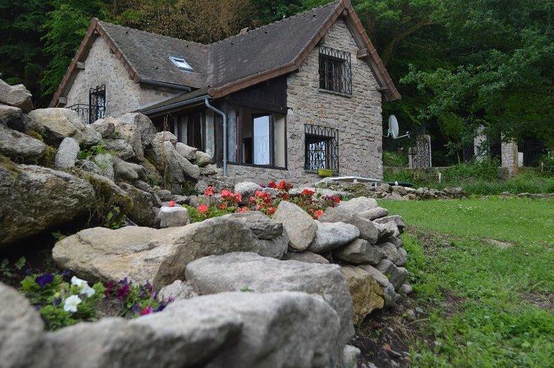 l'échappee naturel, Mesvres, calme, nature, holiday rental in La Tagniere