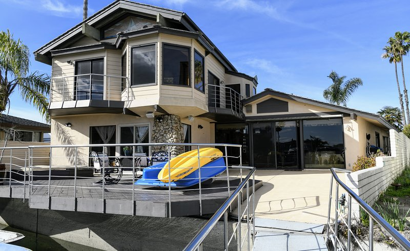 Beach Front Property Updated 2020 4 Bedroom House Rental In Huntington Beach With Wi Fi And Internet Access Tripadvisor