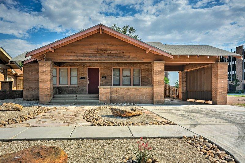 Central Home 1 Mi to Texas Tech + by Dtwn Lubbock, location de vacances à Lubbock