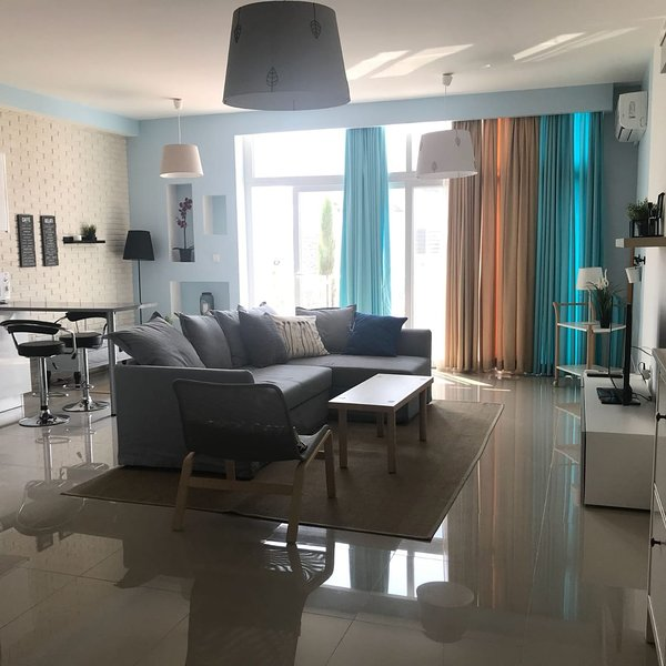 Beautiful holiday apartment in a beachfront complex, holiday rental in Bogaz