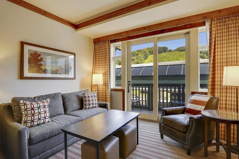 Studio 373 at The Lodge at Spruce Peak, alquiler de vacaciones en Cambridge