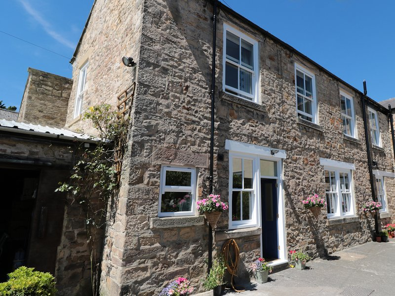 THE BACK HOUSE, beautifully furnished, near Darlington, 981909, casa vacanza a Ingleton