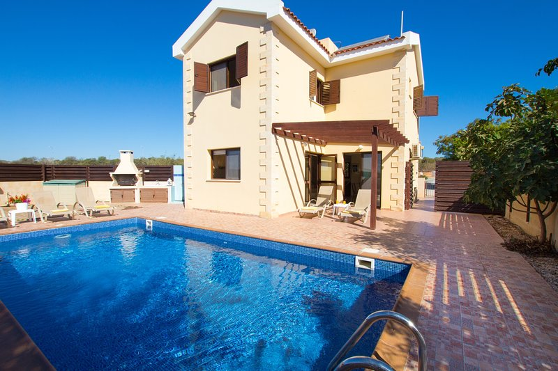 VILLA PAVLINA, holiday rental in Famagusta District