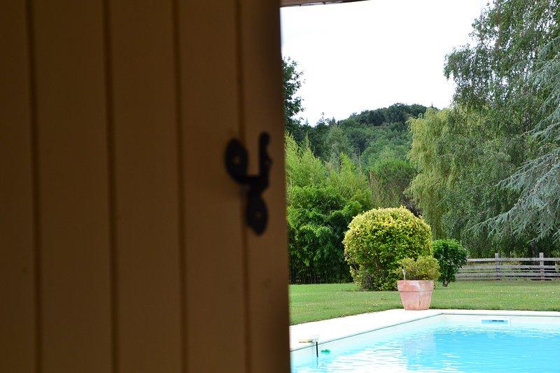 Domaine Le Mathi : chambre d'hôtes Prunelle, holiday rental in Touzac