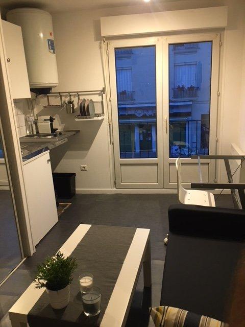 Duplex proche Hyper Centre, holiday rental in Marne