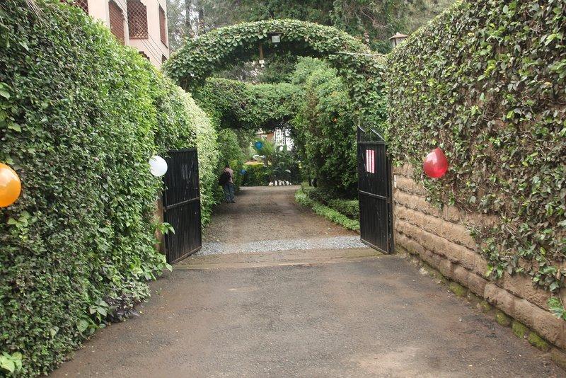 Kiloranhouse Entrance