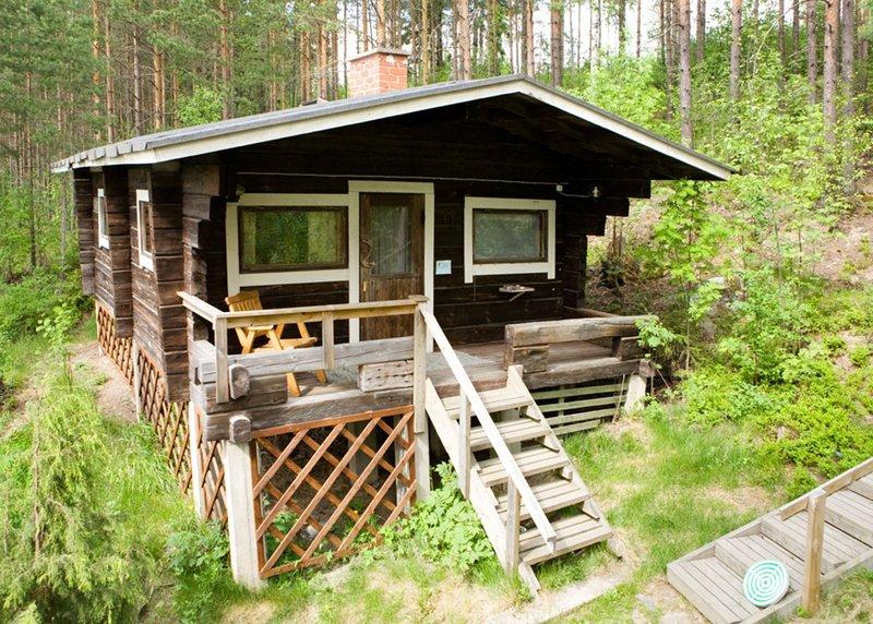 A quiet hideaway near lake, Tivoli, casa vacanza a Central Finland