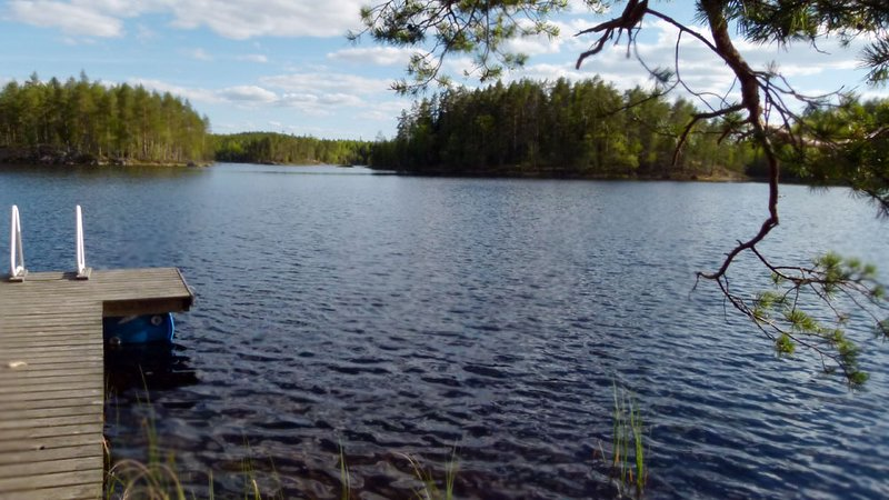 Finnish lakeside cottage 1 hour from Tampere airport, casa vacanza a Central Finland
