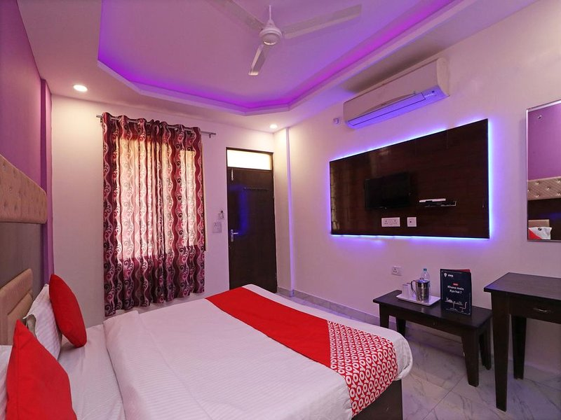 Hotel Jyoti Residency Mathura 13, holiday rental in Mathura