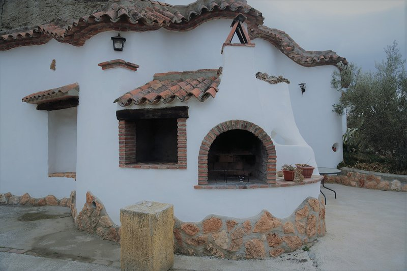 Cuevas  La Chumbrera - Los Cerezos, holiday rental in Purullena