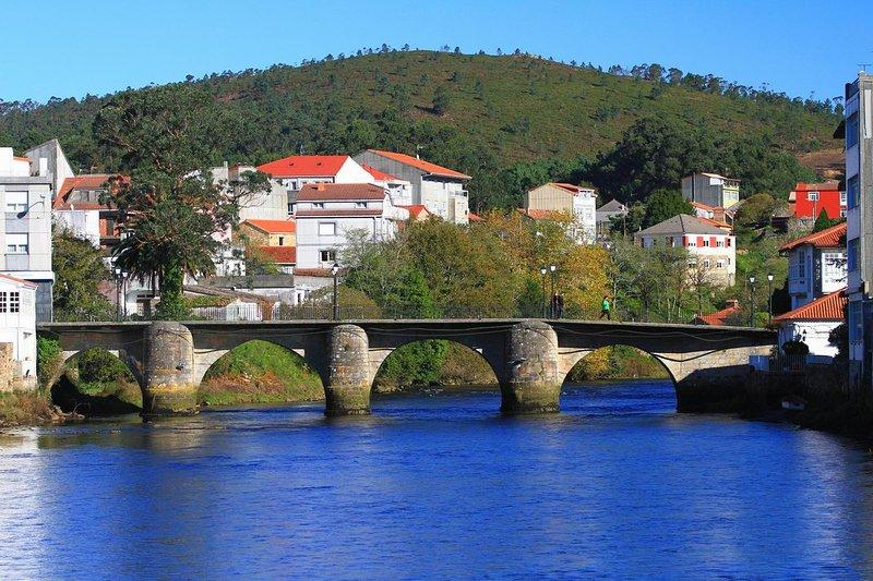apartamento Sonia ponte do porto, vacation rental in A Ponte do Porto