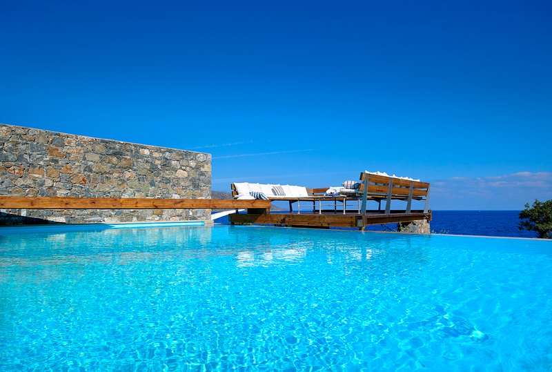 Pissidos Villa Sleeps 5 with Pool and Air Con - 5644129, vacation rental in Katsikia