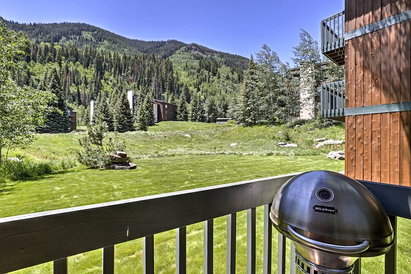 The spacious condo sits just minutes from Vail Ski Resort.